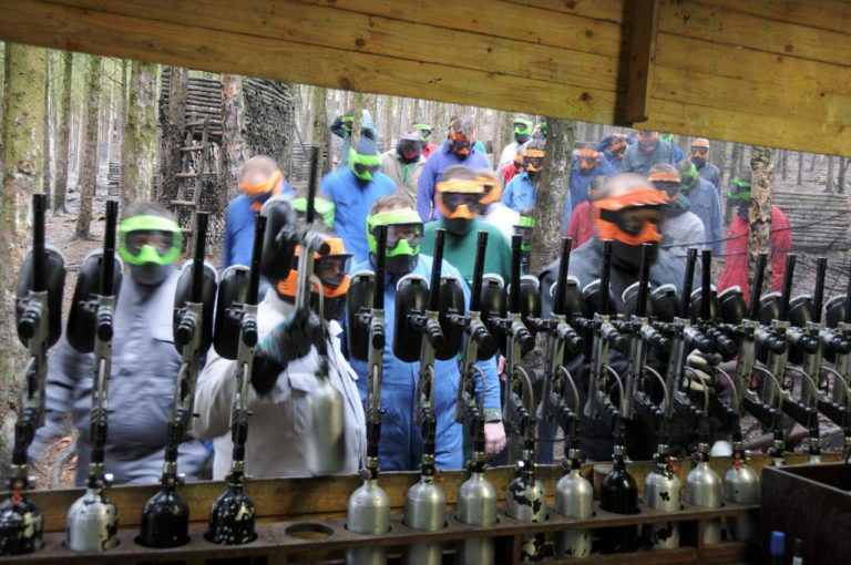 paintball-teambuilding-outdoor